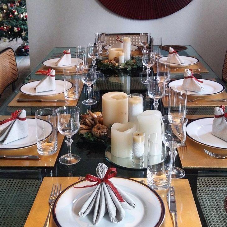 Mesa De Natal 80 Ideias E Fotos Para Inspirar A Sua Decoracao Mesa De Natal Mesas De Jantar De Natal Toalha De Mesa De Natal