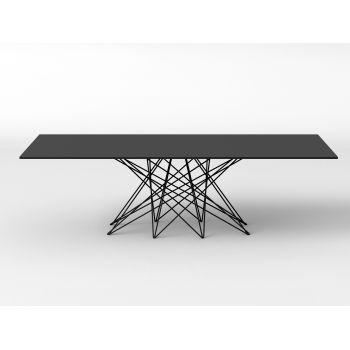 Octa deriva dal greco okta: otto è, appunto, il numero delle gambe che compongono il tavolo disegnato da Bartoli Design . L'ispirazione è legata allo Shanghai, anticogiococinesedi destrezza e pazienza.