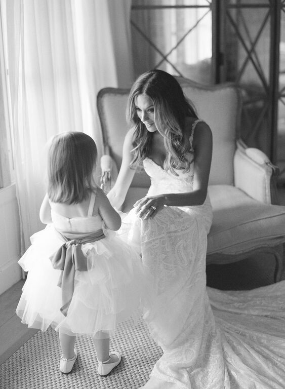 Jana Kramer on her wedding day with the cutest little lady