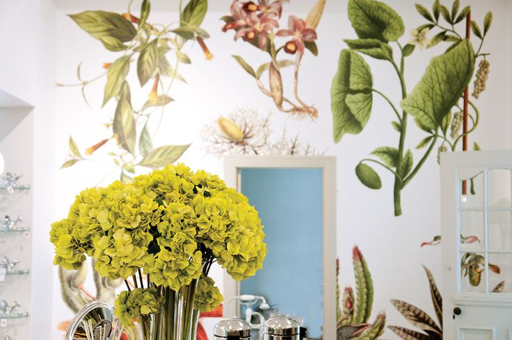 The beautiful wall paper by Cara Saven.