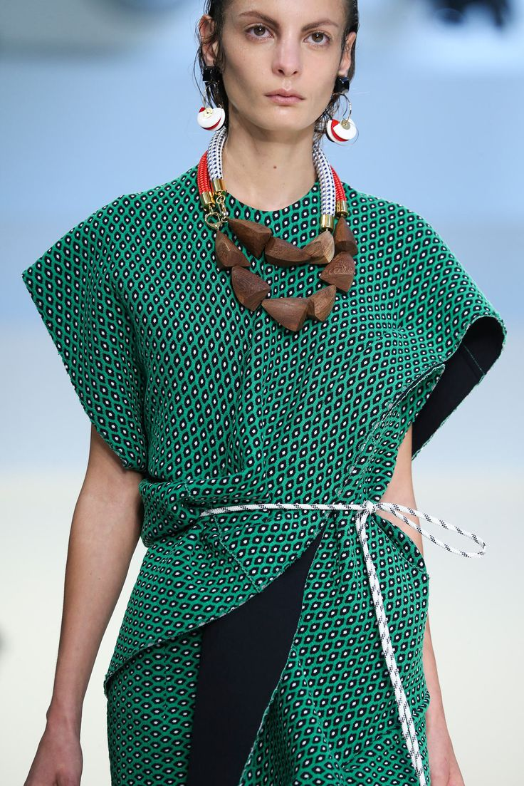 Prints, textures, colour, layers, jewellery - Spring 2015 Ready-to-Wear - Marni