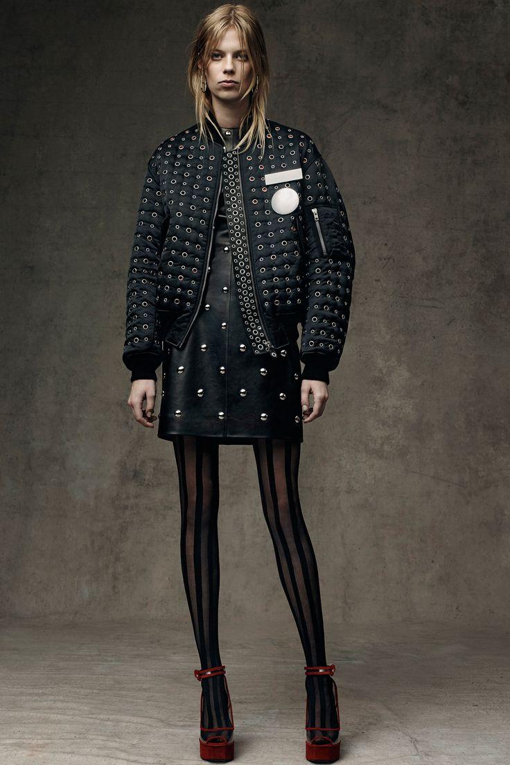 Alexander Wang Pre-Fall 2016 Collection Photos - Vogue