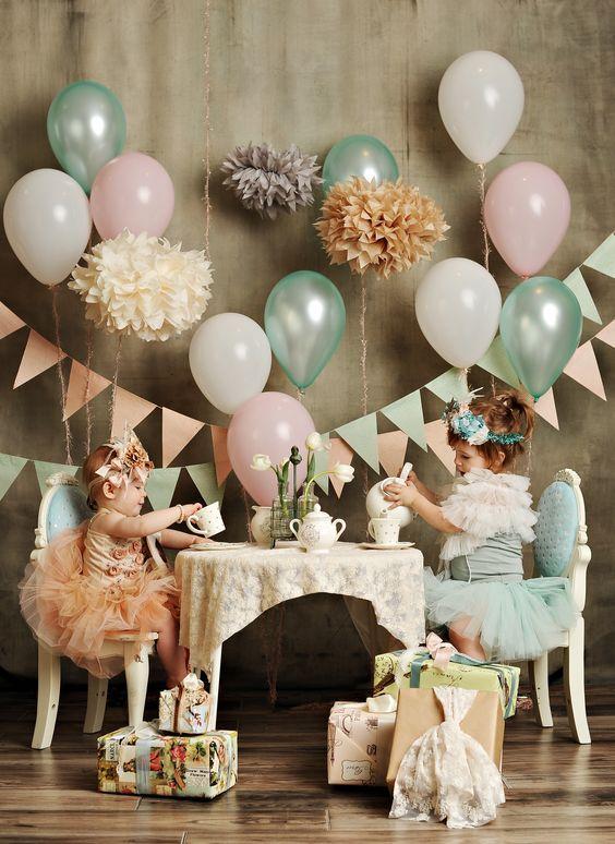 Ideen Für Deko Mit Luftballons. Ballon Ideen Zur Dekoration Für  Geburtstage, Hochzeiten, Feiern
