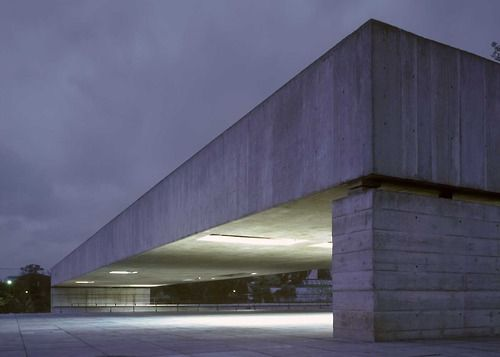 Paulo Mendes da Rocha - Brazilian museum of sculpture, São Paulo 2005.