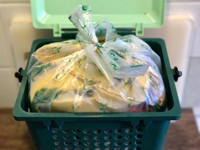 Novelle zum EU-Abfallrecht würdigt Beitrag von Biokunststoffen zur Erreichung der Recyclingziele  Die vollständige #News finden Sie in unserem kostenfreien Branchenbuch unter: https://www.branchenanzeigen24.com/artikel/sonstige-nachrichten/novelle-zum-eu-abfallrecht-wuerdigt-beitrag-von-biokunststoffen-zur-erreichung-der-recyclingziele/722.html  #Artikel #Mitteilung #ots #Governance #Verpackung #Kunststoff #Umwelt #Abfall #Politik #EU #Bioabfall #Verbände #Bild #Wirtschaft