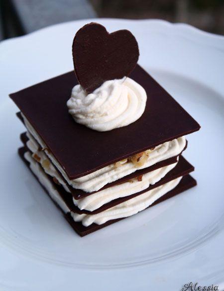 Gennaio { #Vogliadi #cioccolato }  Sfoglie di cioccolato - Chocolate Millefoglie