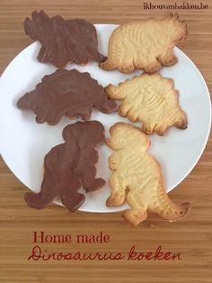 Recept om Dinosaurus koekjes koeken te bakken door ikhouvanbakken.be Dino koeken maken #dinosauruskoekjes #dinosauruskoeken #nederlands #copycatkoekjes