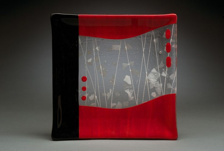 Red and Black serving plate
