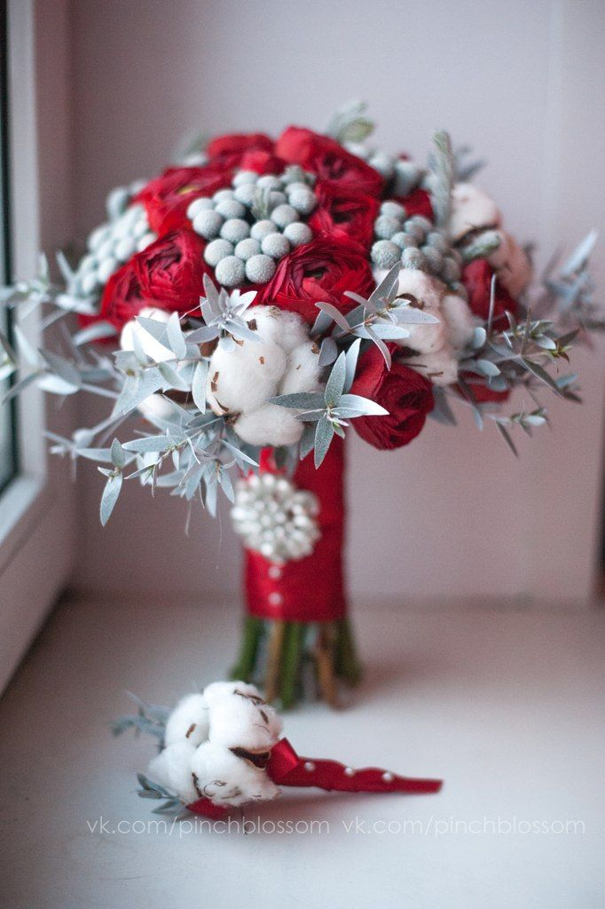 Cotton with red flower