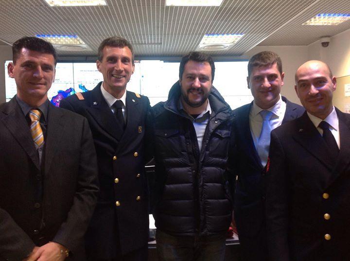 Salvini  visita il comando generale capitanerie di porto.