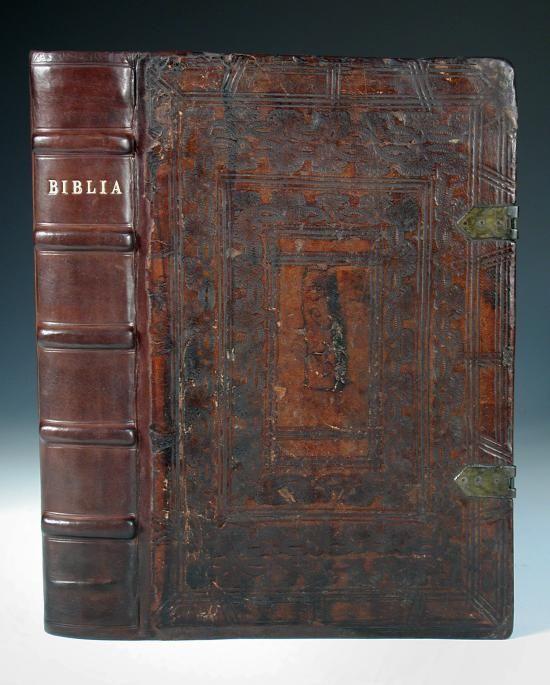 "Sale B250216 Lot 131  A Spanish Old Testament, 1630. Biblia En Lengua Espanola, Traduzida palabra por palabra de la verdad Hebrayca... Vista y examinad a perel officio de la Inquisicion, [Amsterdam: Gillis Joost, [colophon: ""5390"", ?1646], folio, (c.295 x 190mm), title (strengthened), within wide woodcut border, initials, new endpapers, old calf over wooden boards elaborately stamped and ruled in blind with modern professional reback, one clasp (loose)  - Cheffins"