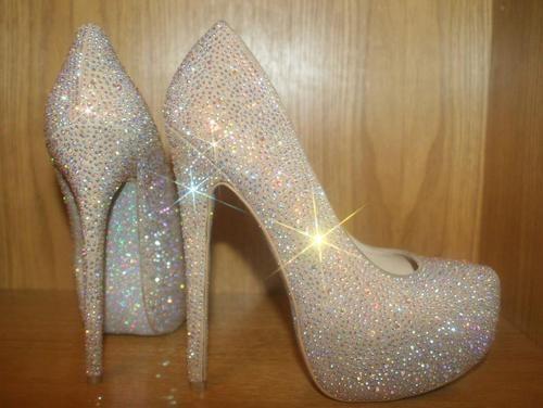 look at those sparkle! Cinderella wedding