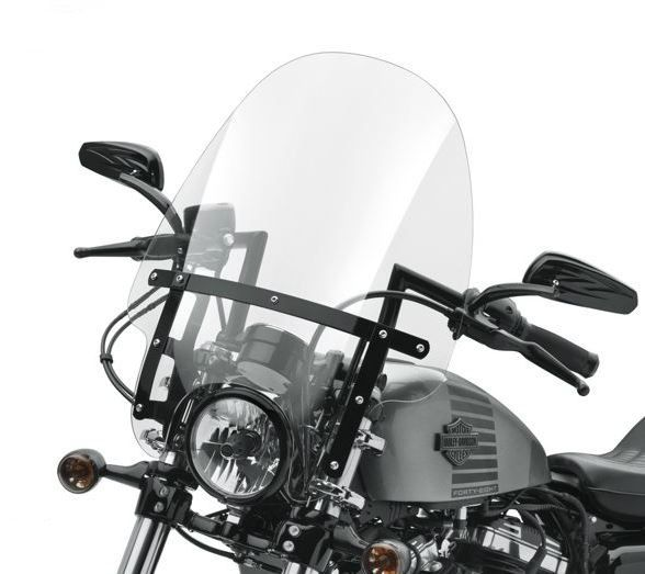 Combine the classic Harley-Davidson windshield shape with a revolutionary new attachment system, and you have the best of style and function. | Harley-Davidson Quick Release Compact 19 in. Windshield