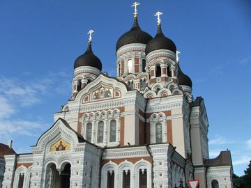 The Russian Orthodox Alexander Nevsky Cathedral is one of the highlights of the city of Tallinn, Estonia - Photo by Peeter Vanker, Group Escort