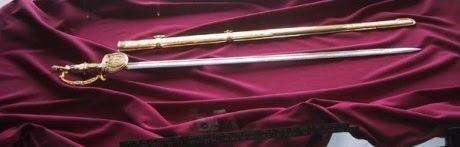 La Espada del Libertador (La Espada del Perú)  Lee el artículo completo AQUI: La Espada del Libertador (La Espada del Perú)  La Espada del Perú. Por Víctor Torrealba Las batallas de Junin y Ayacucho fueron los últimos enfrentamientos dentro de las campañas terrestres de las guerras de independencia hispanoamericanas y significó el final definitivo del dominio colonial español en América del sur. Después de la batalla de Ayacucho el 9 de Diciembre de 1824 la cual selló la independencia del…