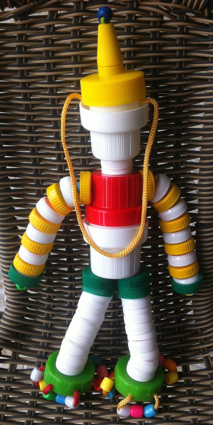 This Clown is made from Plastic Bottle caps, Laundry Detergent Caps and Honey Bottle Cap and some plastic beads.
