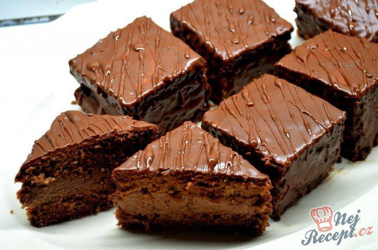 Čokoládové kostky s ořechovým krémem