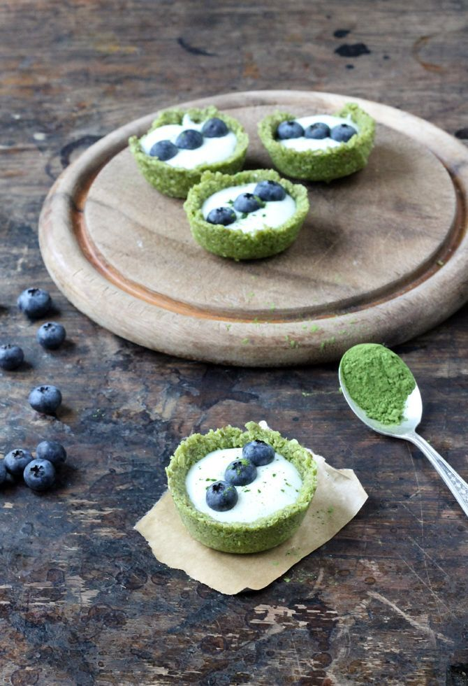 Matcha Tea Coconut and Yogurt Tarts | Veggie Desserts Blog  These easy raw tarts are simple to make and such a gorgeous colour from the Matcha green tea! Use non-dairy yogurt to make them vegan.  veggiedesserts.co.uk