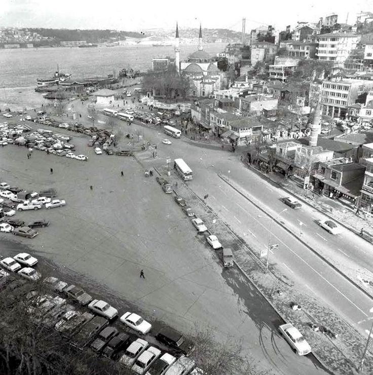 Geçmiş zaman olur ki… Üsküdar - İstanbul İstanbul Tarihçisi ve Araştırmacı Süleyman Faruk Göncüoğlu'nun kişisel arşivinden kareler… (Anadolu Ajansı)