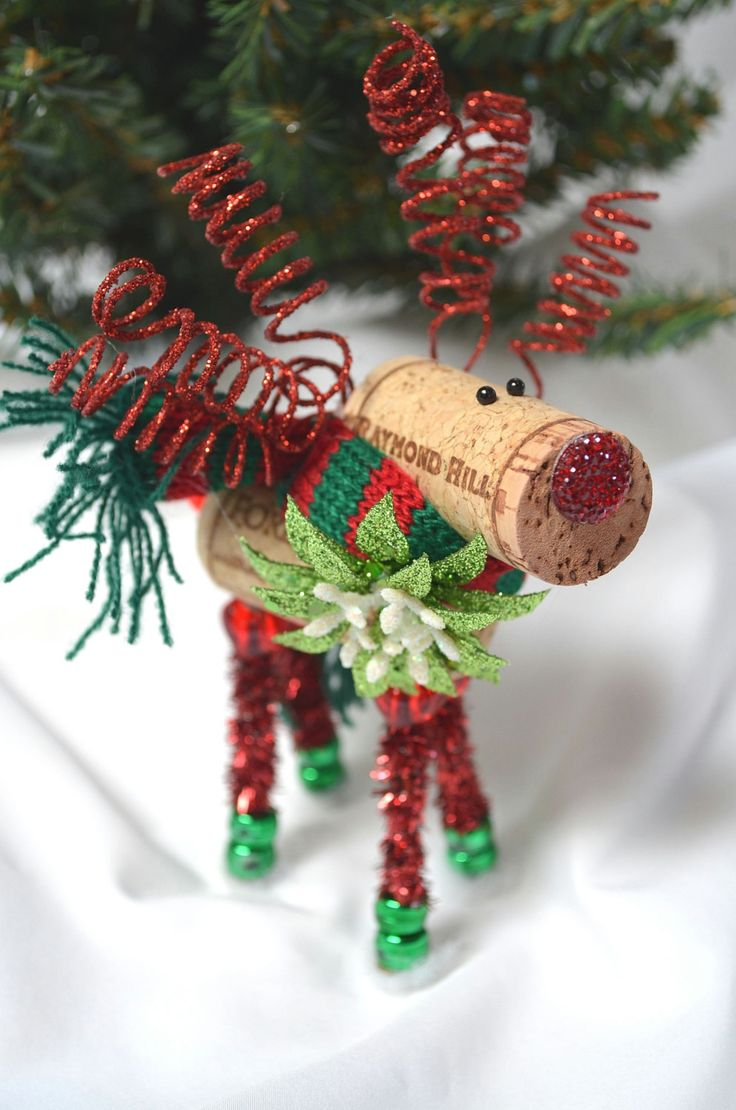 Ornaments made from wine corks - Wine Cork Reindeer Ornament_ornament Exchange