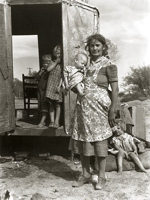 Arizona Migrant Family by Dorothea Lange, 1940