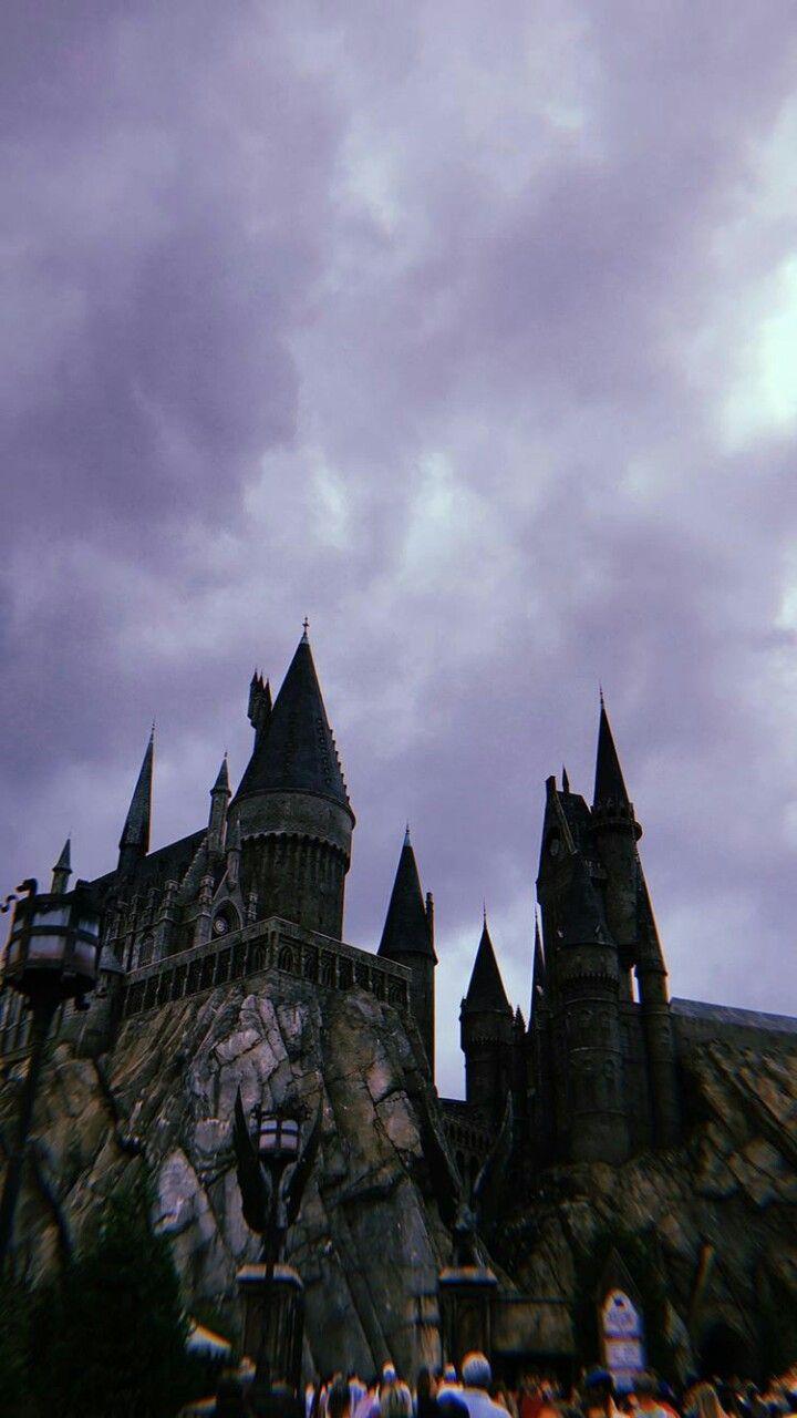 Hogwarts Harry Potter Wallpaper Harry Potter Background Harry Potter Aesthetic