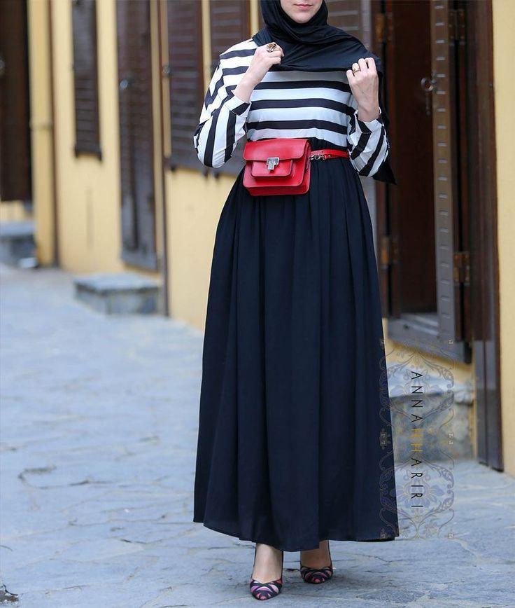 "2,129 Beğenme, 53 Yorum - Instagram'da ANNAH HARIRI (@annah_hariri): ""Best sellers should have more color options. Here is the bestselling stripe dress in black. And…"""