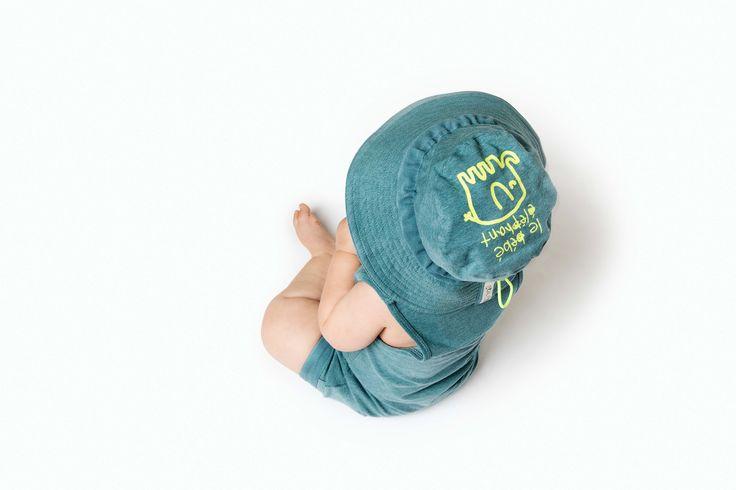 Hat - Enfant: Jade Marle Playsuit - Enfant: Jade Marle
