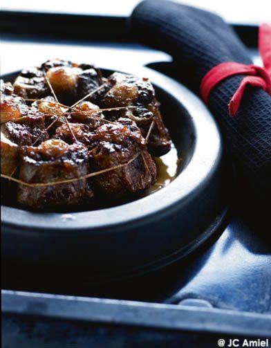 Queues de bœuf sauce marchand de vin pour 4 personnes - Recettes Elle à Table