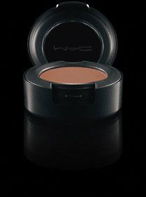 Eye Shadow in SADDLE by MAC OMG I can't believe I didn't own this till now. Amazing shadow that is perfect for everyday and creating a dramatic smokey eye. Amazing. A holy grail product for sure.