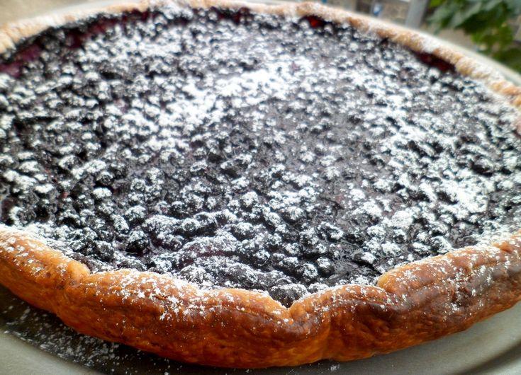 Presque aussi bonne que celle de chez le Boulanger Paul, la référence en la matière pour moi. La tarte à la myrtille est sans conteste mon dessert préféré et je n'en ai jamais trouvé de meilleure. Une délicieuse pâte feuilletée, une crème pâtissière à...