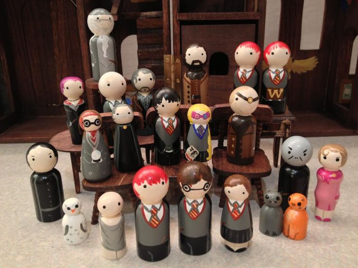 Hogwarts Castle Dollhouse and Harry Potter Friends! - TOYS, DOLLS AND PLAYTHINGS