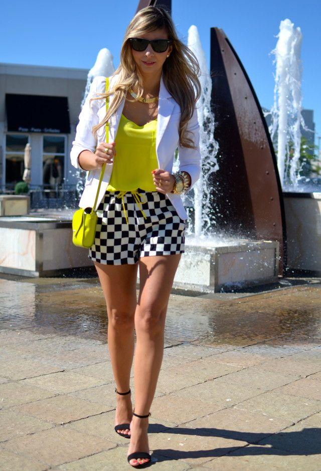 Zara Blazers, Zara Pantalones cortos and Forever21 Camisetas de tirantes