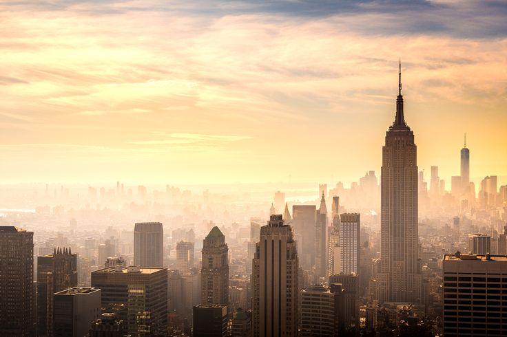 [OC]Orange hues over Manhattan NY [2048x1365]. wallpaper/ background for iPad mini/ air/ 2 / pro/ laptop @dquocbuu