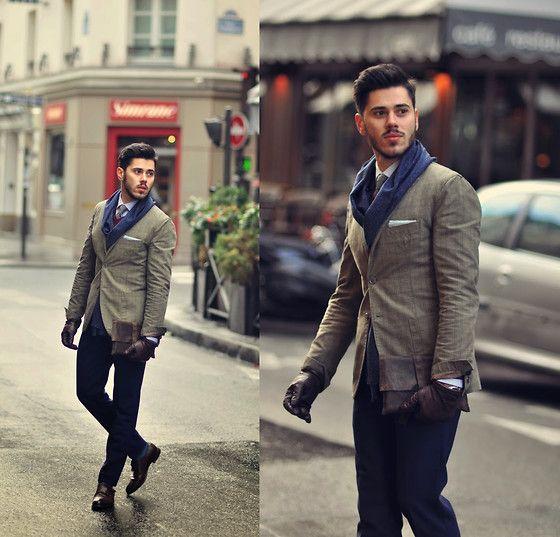 Simple details make the outfit to be unusual. Just elegant ! #elegantman
