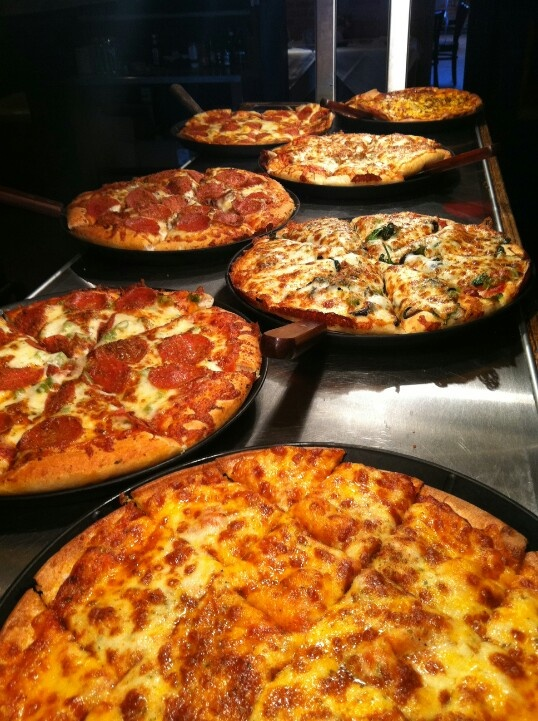 45 best images about Pizza buffet on Pinterest | Receptions, Pizza ...