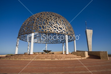 "Geraldton, Gascoyne and Midwest [PREFER] LINK1 ""HMAS Sydney memorial in Geraldton"""