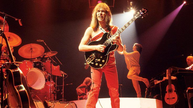 After All These Years, Steve Howe's Live Guitar Solo Is Sure To Put All Other Guitarists To Shame