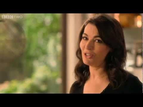"Nigella's Sambuca Kisses ""They taste like donuts, not made of batter but of sweet air - it is the lightest, most fluttering caress in the mouth."""