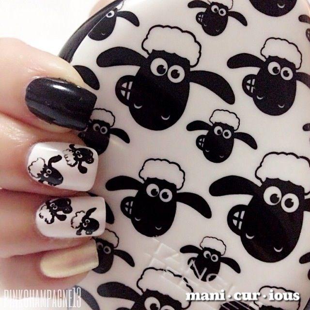 hand drawn sheep nailart // branch: manicurious