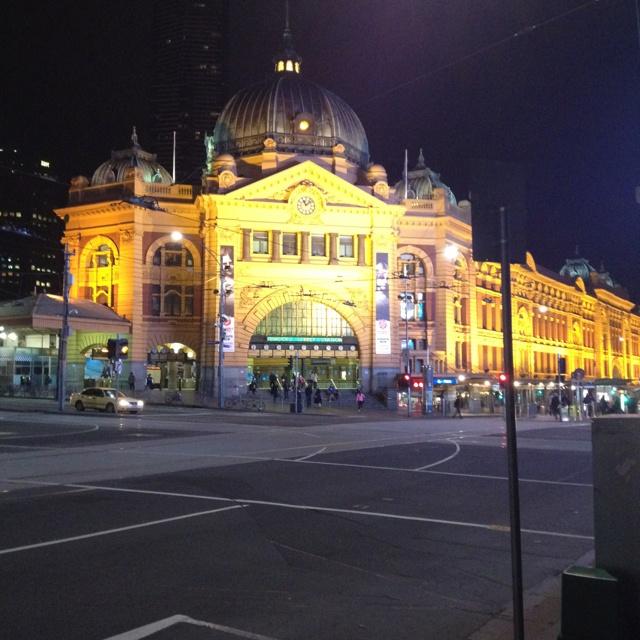 Melbourne (Flinders Street Station)