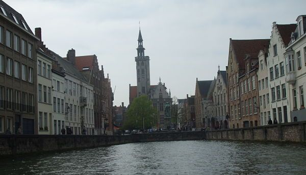 Canal (Brujas)