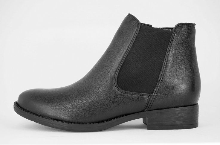 Froggie Black Handmade Genuine Leather ankle boot with zip on side R 1'199. Handcrafted in Durban, South Africa. Code: 11050 Shop for Froggie online https://www.thewhatnotshoes.co.za Free delivery within South Africa
