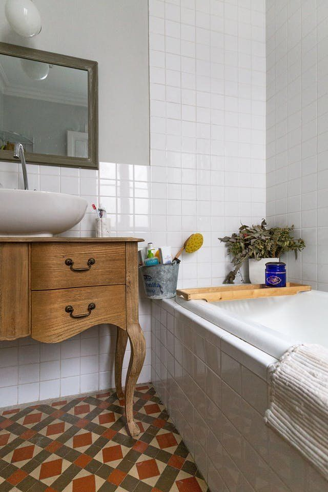 This Weekend: Clean Your Bathroom Grout   Apartment Therapy