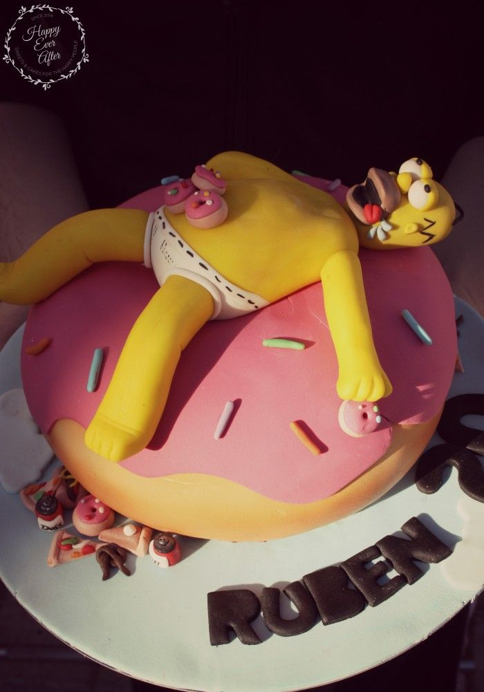 This is, at the very least, one of the BEST Homer Simpson cakes I've ever seen!  ===  Homer Simpson Cake