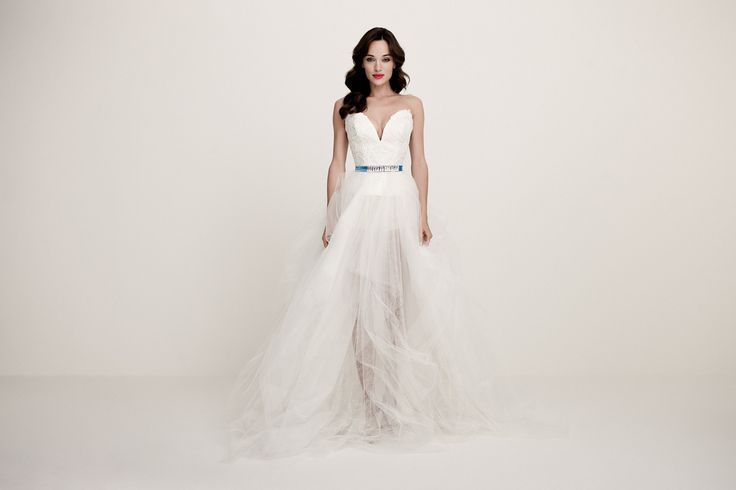 Daalarna Couture Wedding Dress _ White Collection