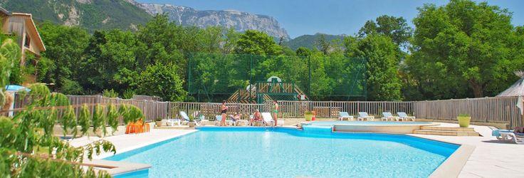 piscine camping drome betaalbaar en mooie omgeving