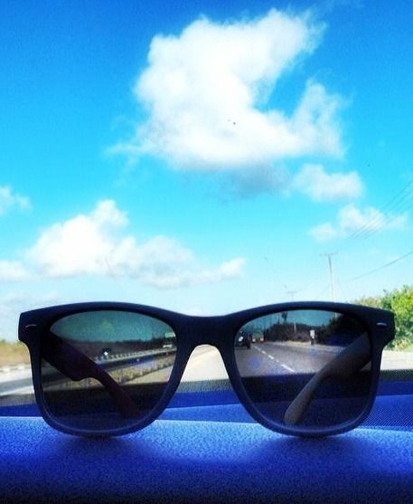 We got our shades and we're ready to roll! #kameleonz #lifesabeach #sunnies