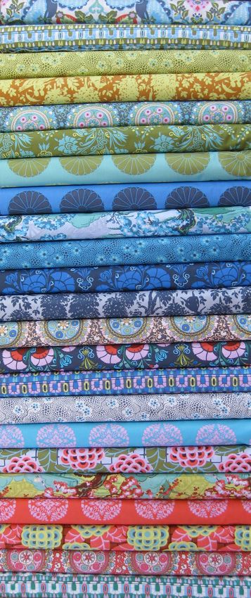 FABRICWORM - Amy Butler, Cameo in FAT QUARTERS, 24 Total