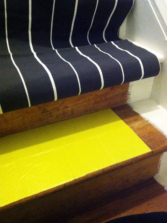 Best Diy Stair Runner Little Green Notebook Stairs 400 x 300
